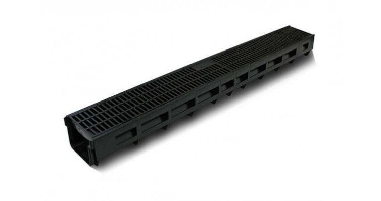 Комплект Gidrolica Light: лоток водоотводныйЛВ -10.11,5.9,5 - пластиковый с решеткой РВ-10.11.50 пластиковой щелевой, кл. A15